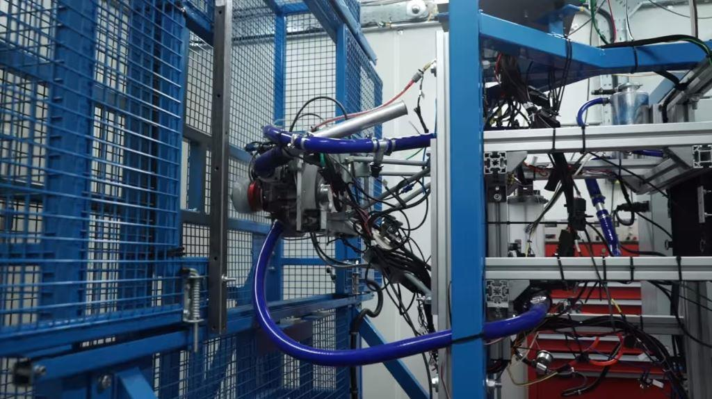 World-class engineers install state-of-the-art Prop Test Cell
